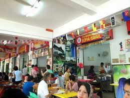 what to eat for breakfast in melaka roti canai