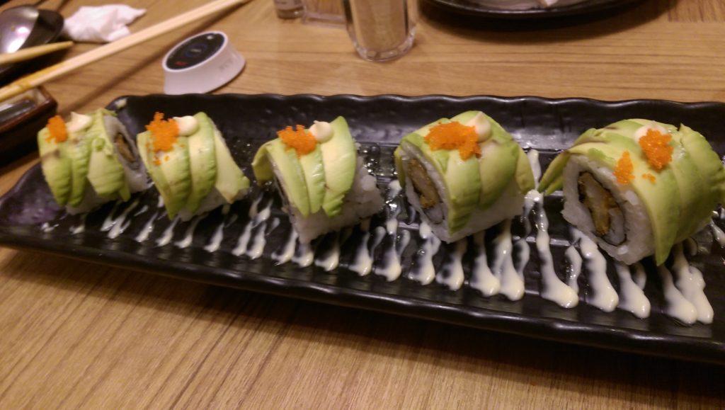 sushi roll at kiwami yakiniku