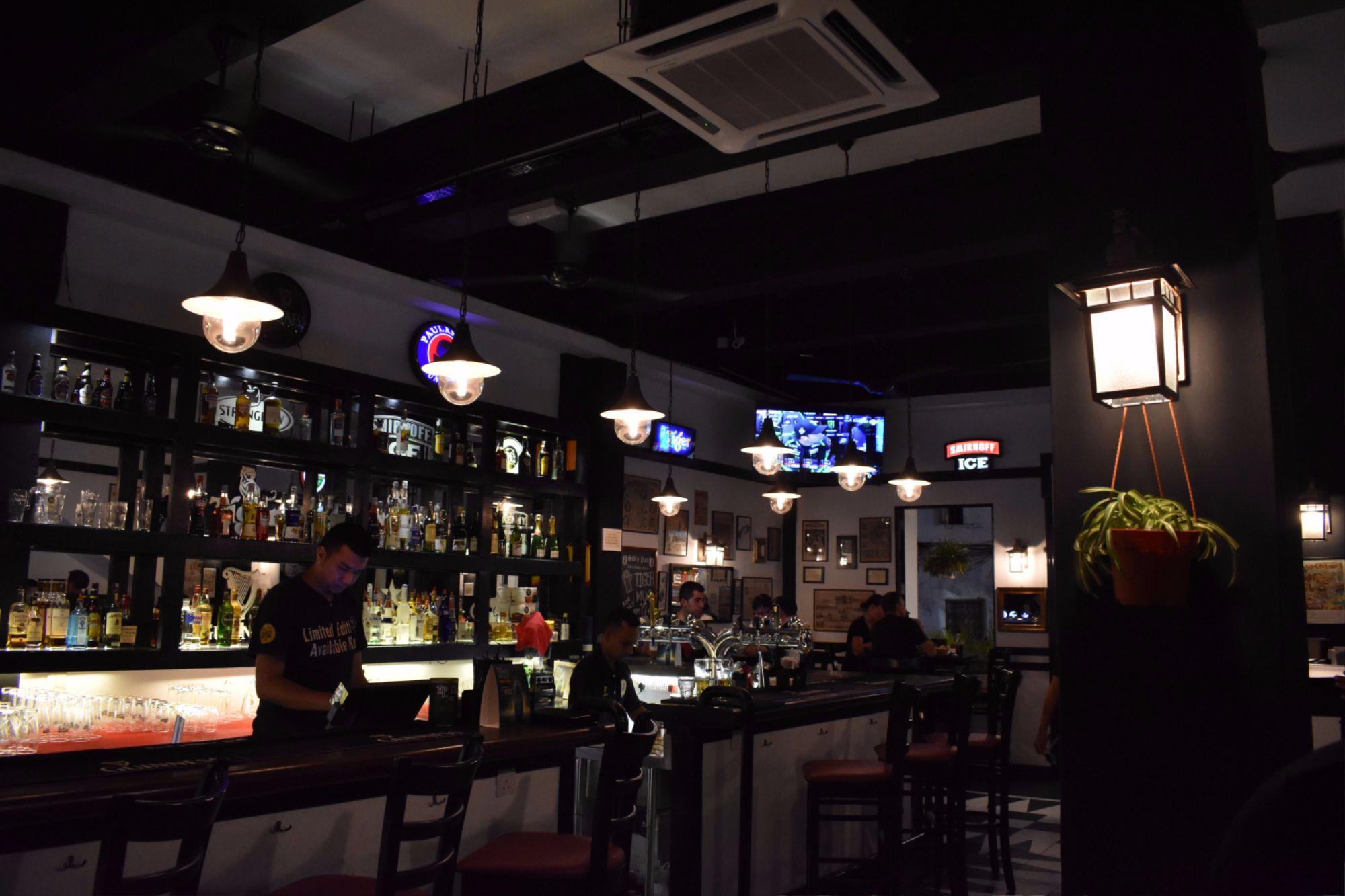 sid's pub jonker street