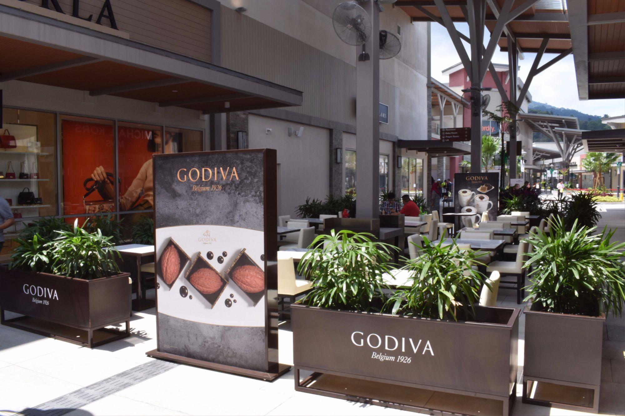 genting premium outlet Godiva