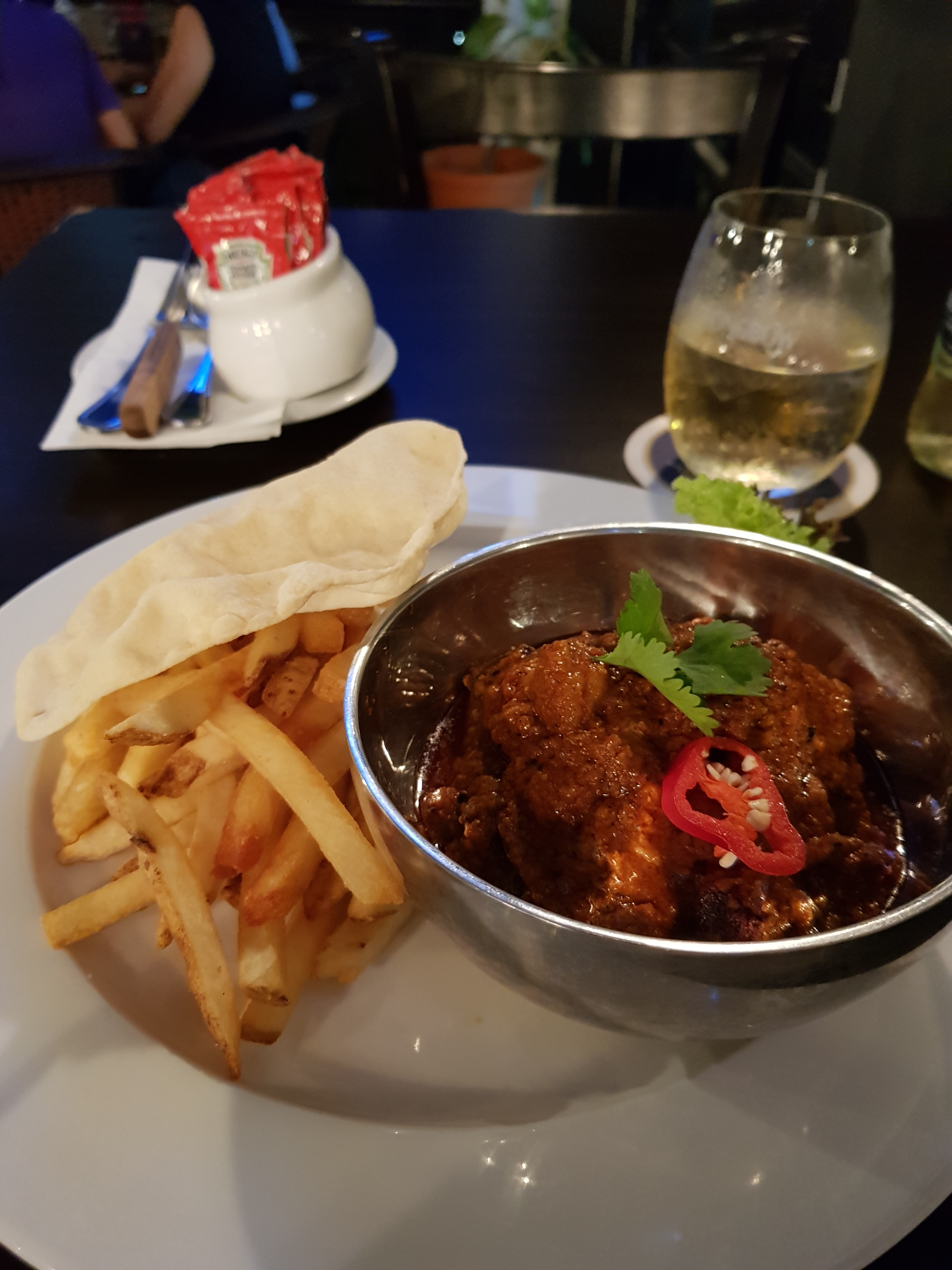 top food in melaka - sid's pub