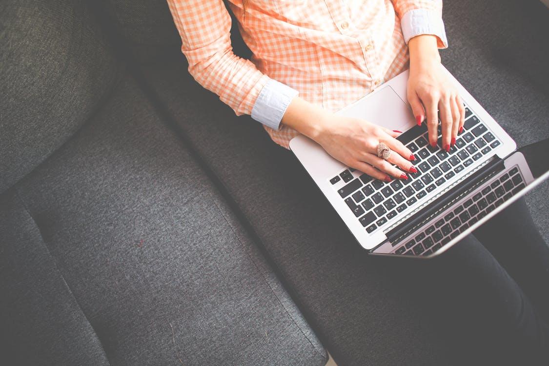 is blogging dead in 2018