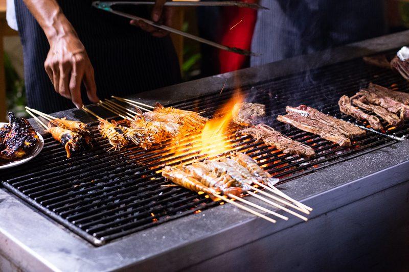 review of buffet dinner equatorial hotel