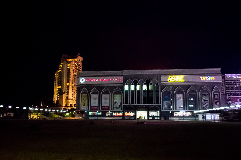 top shopping malls in malacca