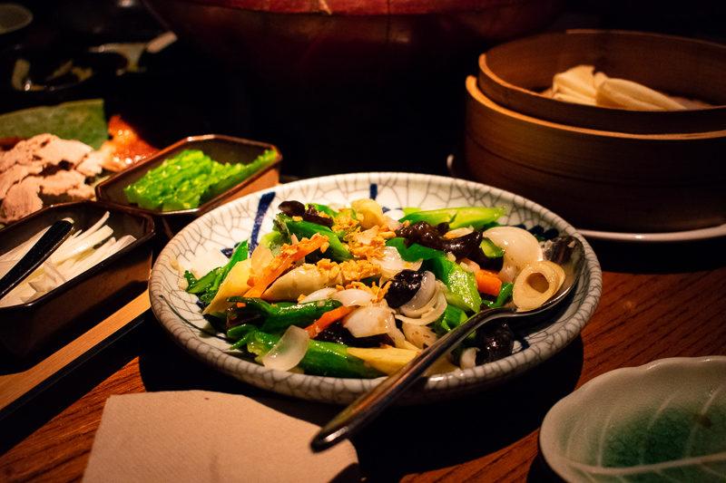 hutong chinese restaurant kowloon hong kong