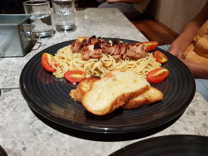 sharing plates review - melaka cafe