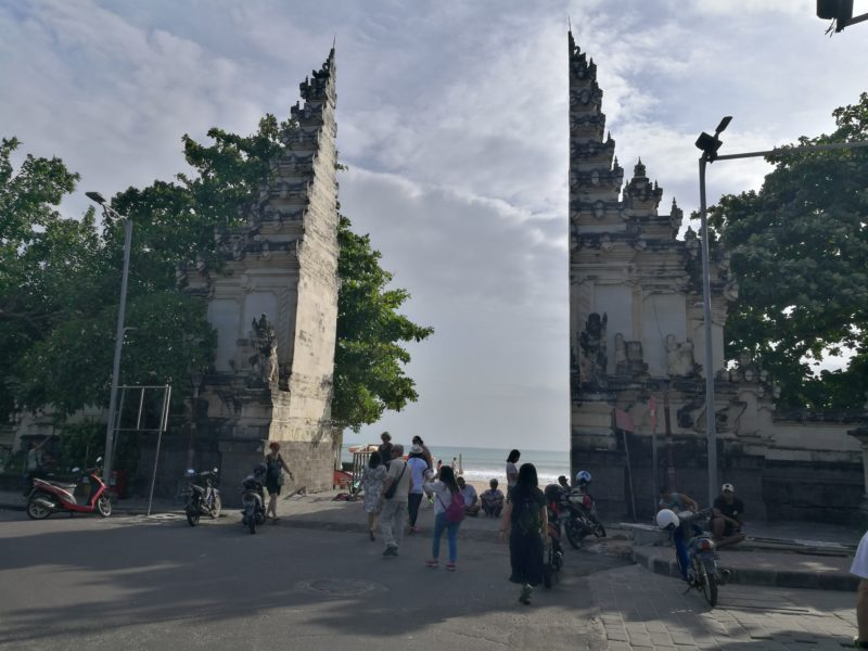 legian-beach-attractions