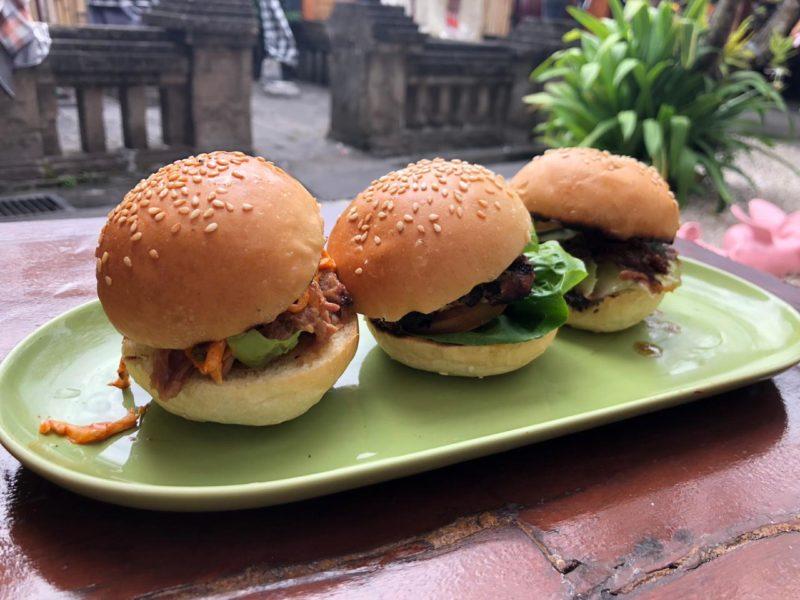 top-food-in-bali-naughty-nuri