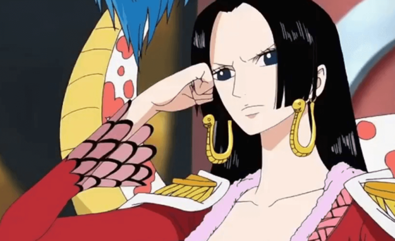 one piece top female characters